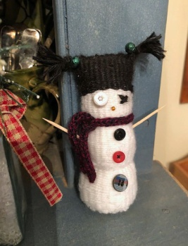 Jackie's snowman decorated with antique buttons